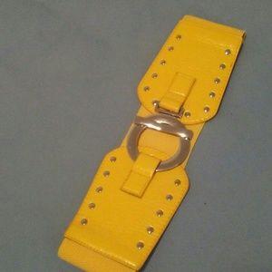 Yellow fashion waist belt